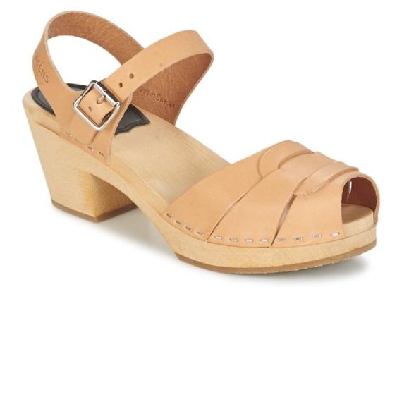 83695ea7e4c37e Swedish Hasbeens Peep Toe High Sandal